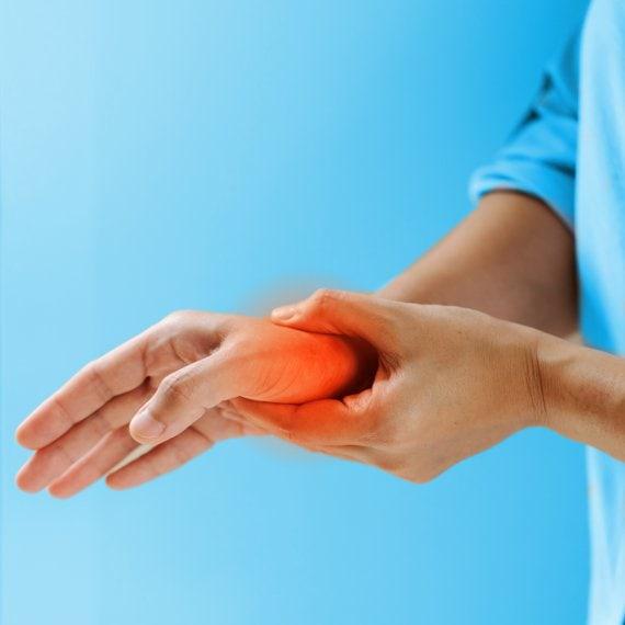 Beschwerden im Handgelenk
