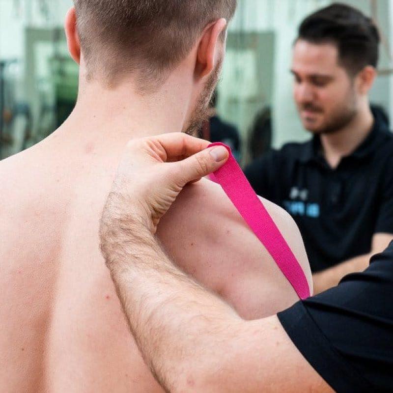 Schulter Übungen Physiotherapie